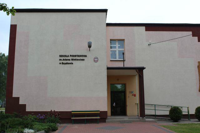 Szkola Podstawowa w Szydlowie